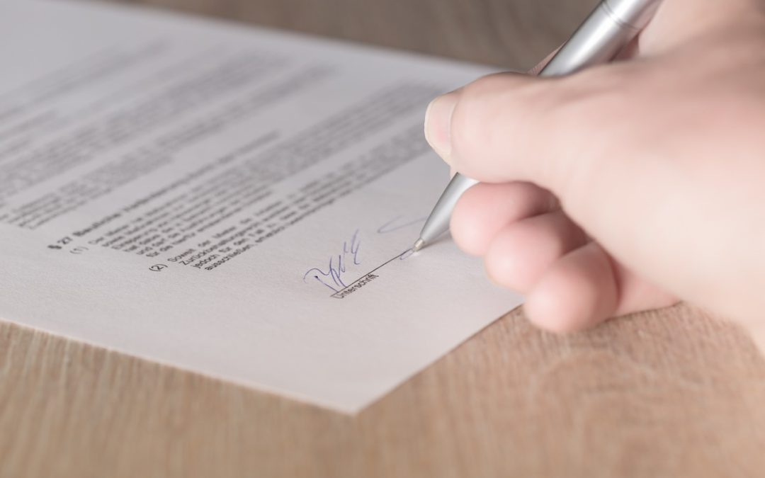 Arbeitsvertrag mit Altersbefristung: Schriftformerfordernis gilt für fast jeden Arbeitsvertrag!