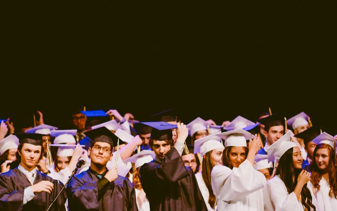 Studenten oder Studierende? Arbeitsrechts-Professoren vs. Hochschul-Funktionäre