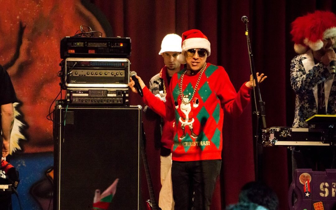 Betriebliche Weihnachtsfeiern: Das Fest der Hiebe