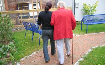 Scheinselbständig, nicht scheinselbständig: Honorarkräfte in der Pflege und die Rechtsprechung