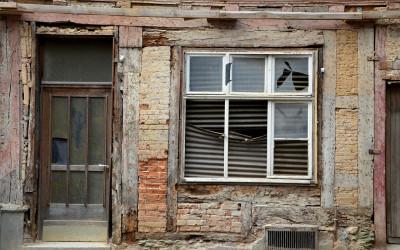 Sanierungstarifvertrag: Verdrängung durch arbeitsvertragliche Bezugnahmeklauseln durch BAG bestätigt