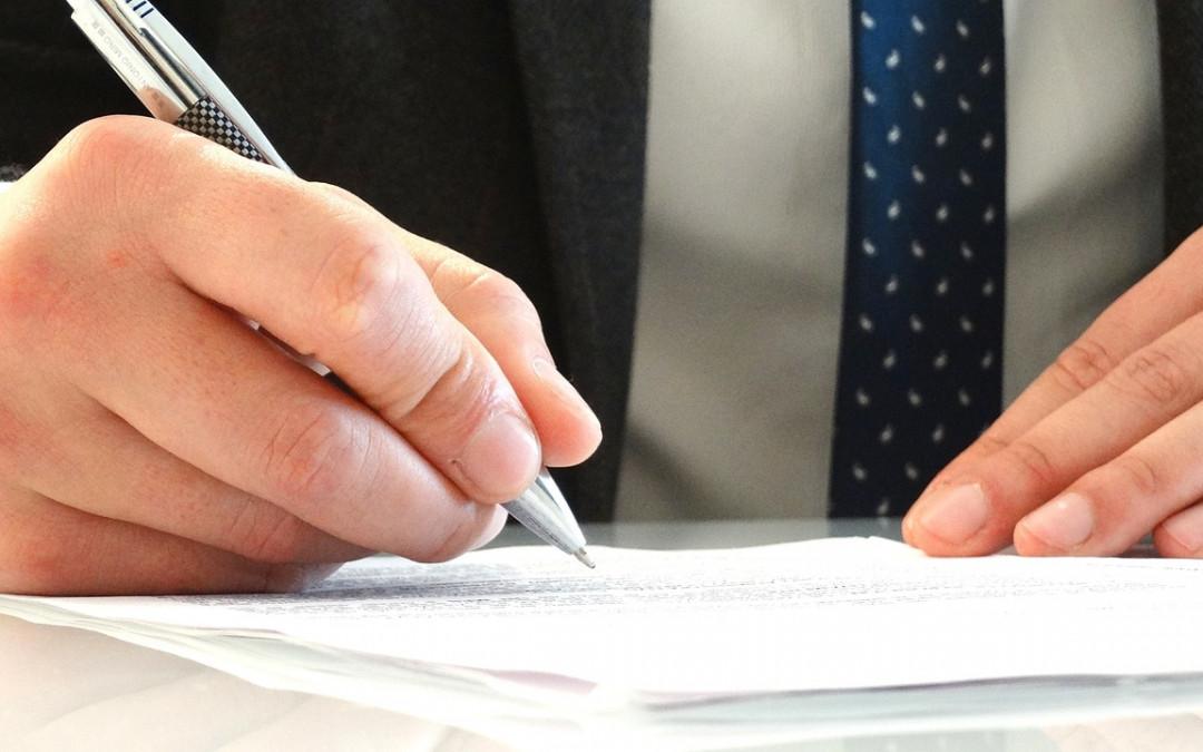 Massenentlassungsanzeige: Frühere Unterzeichnung der Kündigungen bleibt zulässig