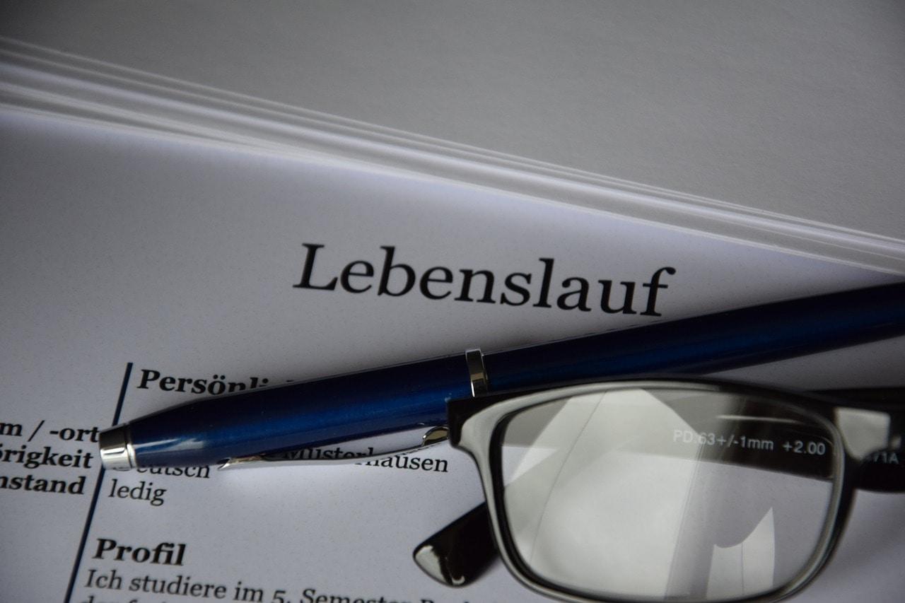 """Kuriose Bewerbung: Ein Jurist über die """"Herren Lustmolche und Sittenstrolche"""""""